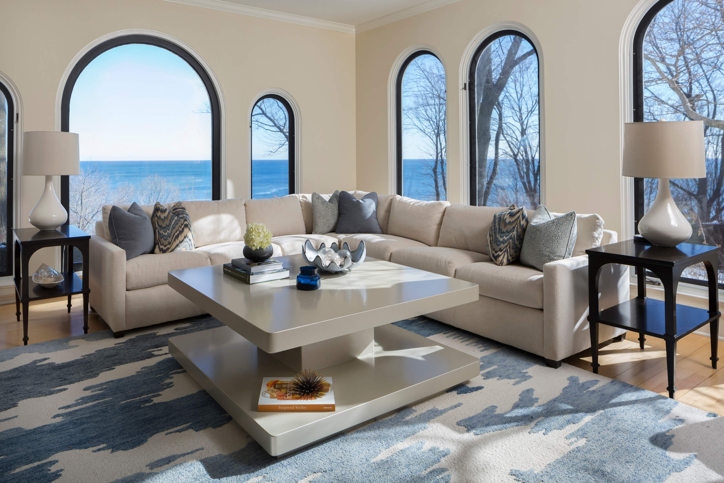 Modern mediterranean karen kempf interior design serving milwaukee waukesha wi for Modern mediterranean interior design